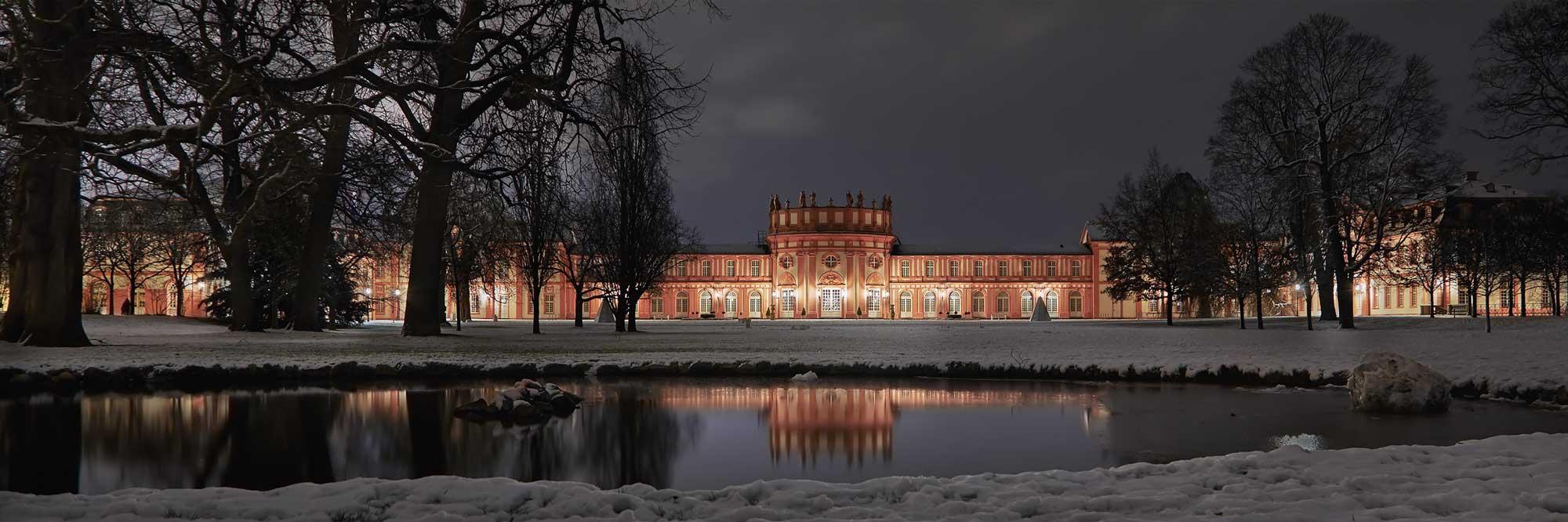 02-Wiesbaden-Biebricher-Schloss-5or4